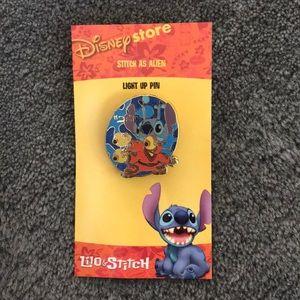 Stitch as alien light up pin